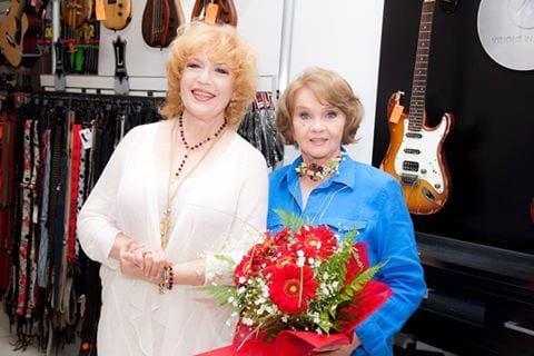 Corina Chiriac cu Margareta Paslaru la o lansare de CD
