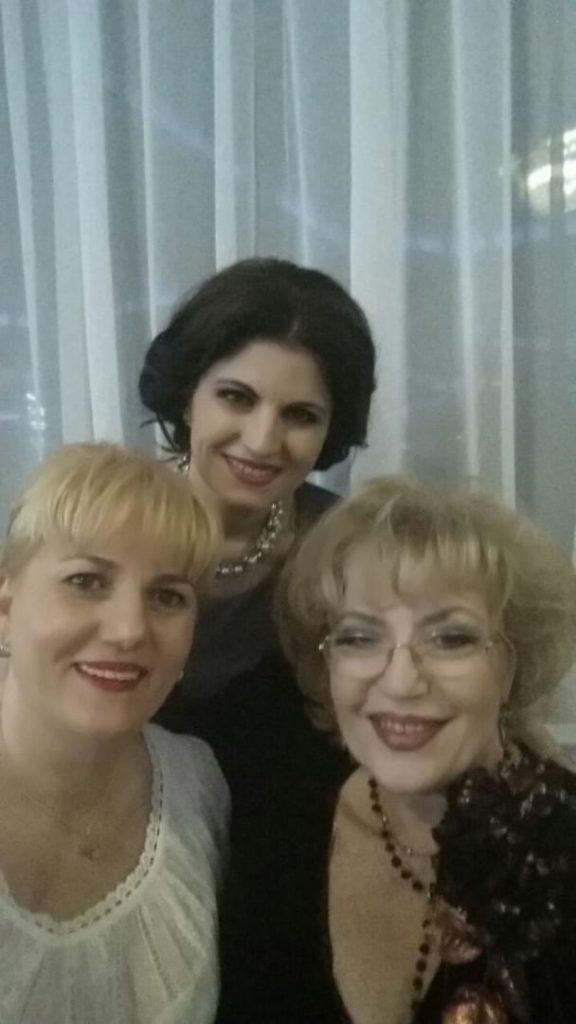 Corina Chiriac cu Mariana Ionescu Căpitănescu și Sanda Argint