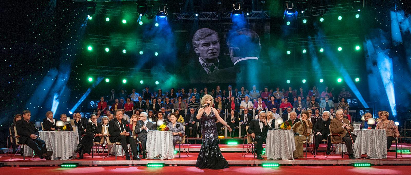 Corina Chiriac la o gală Uniter a celor mai mari actori români