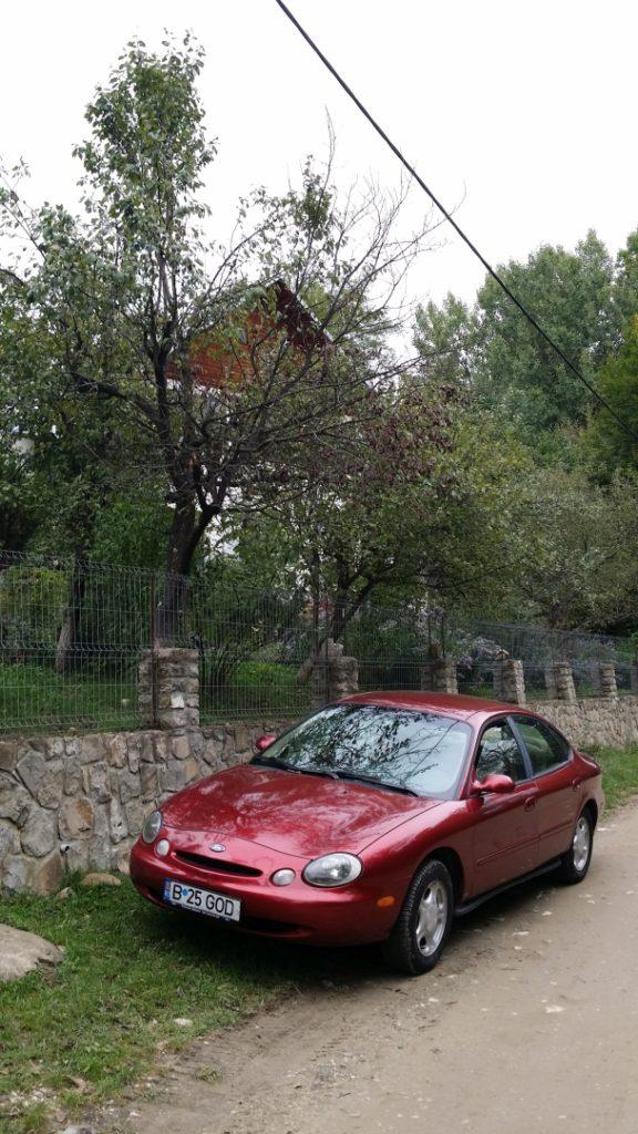 Ford Taurus a fost mașina mea americană între 1996 și 2002